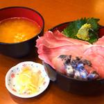 31383014 - 丼・味噌汁・ガリ