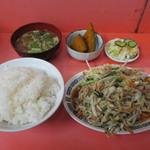 宝来軒 - 肉野菜定食
