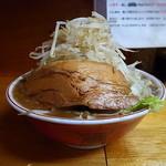 豚親分 - 中大ラーメン醤油#23(野菜マシ)