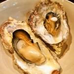貝賊 - 広島県産牡蠣の貝賊やかん焼き(一番大きいの&一番小さいの)