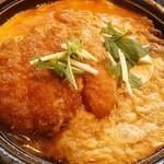 31400713 - ミックスとじ定食・とんかつ3切れ、エビフライ1個、牛肉の3種類の卵とじ
