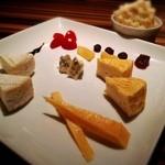 フィッシュ - チーズの盛り合わせ♪