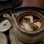美食倶楽部 - 土瓶蒸し 鱧と松茸 ぎんなんも入っていました(H26.10)