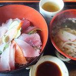 活漁レストラン藤 - ☆海鮮丼(¥500ランチ)☆