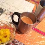 ベジキッチン - ランチ ベジキッチンセットのデザートと、ドリンクのチャイ