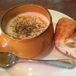 サレ・ポワヴレ・ウノ - ベニアズマのスープ