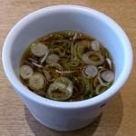 31424738 - しぶそば 中央林間店 蕎麦湯を入れて頂きました