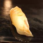 寿し処 寿々 - 真鯛 (2014/09)