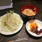 31428127 - サラダ・お味噌汁・お漬物