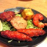 ガンガサガー - タンドーリ(チキン、エビなど5種類)