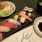 山喜寿司 - サービスランチ