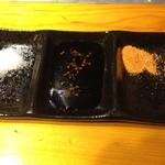 彩どり亭 - 鶏は塩・タレ・唐辛子塩で味わえます