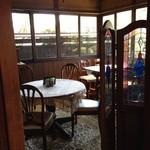 窯元カフェ はづき - テーブル席