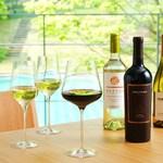 西村屋ホテル招月庭 レストランRicca - もちろんワインも揃っています。