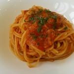 リストランテ ウミリア - 渡りガニのトマトソース スパゲッティニ