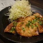 ぼんぢりや - うま鶏にんにくポン酢