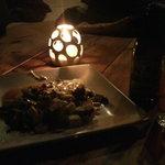 玄天cafe - 豆腐とアボカドのサラダ。ニセコビール。