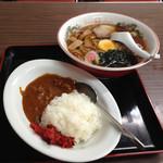 浮城食堂 - 料理写真:ラーメンとカレーライス(小)セット700円