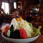 ふーこもっく - 山盛りのサラダ