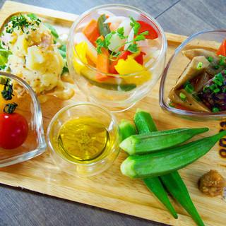 野菜たっぷり地野菜&産地にこだわった野菜たち