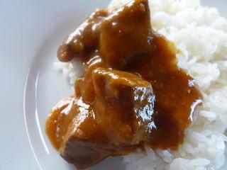 ザ・フジヤ - フォークを使って頂くのが伝統の食べ方です