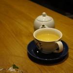 薬院 なかがわ - 細君の紅茶:ホワイトオーチャード