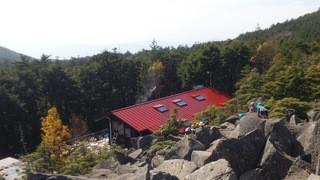 高見石小屋 - 2014,10月  高見石から見た高見石小屋