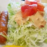 モスバーガー - 2014.10_モーニングプレート(460円)あらびきポークのソーセージとミニサラダ