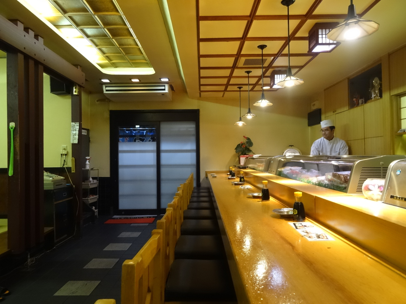 三寿司 支店