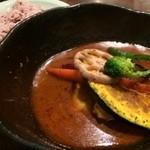 北海道スープカリー専門店 マナ - チキンとやさい
