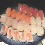 31496853 - お寿司