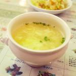 ジャヤピヤサ - ランチ限定のミニ村飯セット(1360円)の本日のスープ(チキン&エッグスープ)