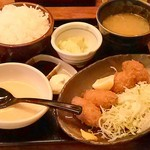 31517968 - カキフライ定食 トロロ付850円