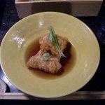おばん菜 さけ 田 - ごま豆腐の湯葉包み揚(生うにのせ)