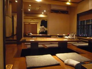 魚可津 - 2階は座敷