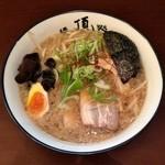 麺処てっぺん - てっぺん醤油(730円)