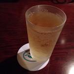 厨房酒場 カモメセラー - 神戸スタイルハイボールがスーパーニッカなのがおぢさんには嬉しい