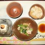 梅の花 - 小鉢・季節のお浸し・湯葉煮
