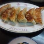 喜楽 - 餃子(400円)
