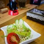 倶梨伽羅 - 野菜も丁寧に切ってはって好感がもてる(地場野菜ばかりやで)