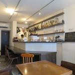 カフェ イワブチ - 店内1