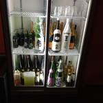厳選日本酒と四季の肴 おでんや潮 - お酒