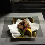 厳選日本酒と四季の肴 おでんや潮 - 大山鶏のからあげ