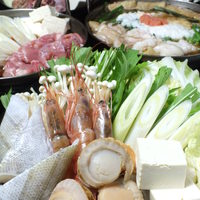 炭火台所 さらり - 新鮮魚介が盛りだくさん!海鮮塩ちゃんこ鍋