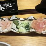三間堂 - 鶏ムネ生ハムと胡瓜塩麹和え