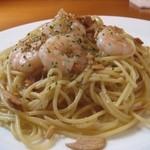 スパゲッティ 小海老のぺぺロンチーノ