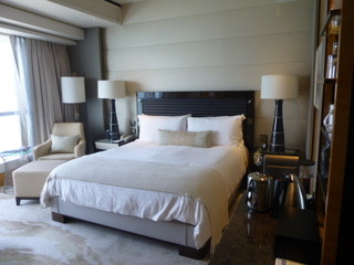 Four Seasons Hotel Hong Kong  -