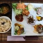 ロハスカフェ - 料理写真:ロハスプレート1080円