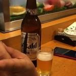 亀八 - アサヒ スーパードライ生600円
