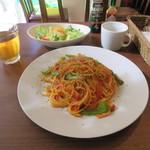 フィフティ・ワン - 手作りトマトソースのナポリタン 780円 スープ・サラダ・コーヒー付き
